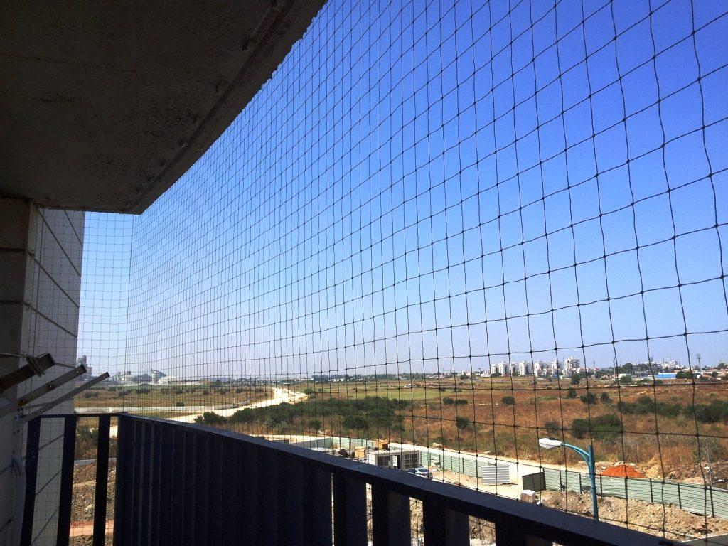 голуби-на-балконе